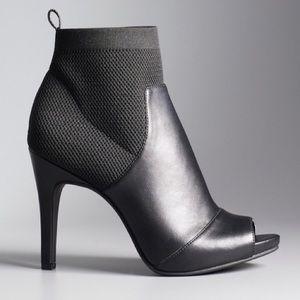 Simply Vera Ankle Bootie Heels